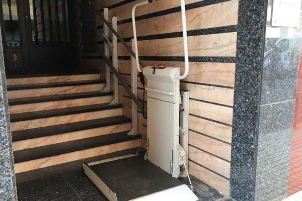ventajas-plataforma-elevadora-salvaescalera